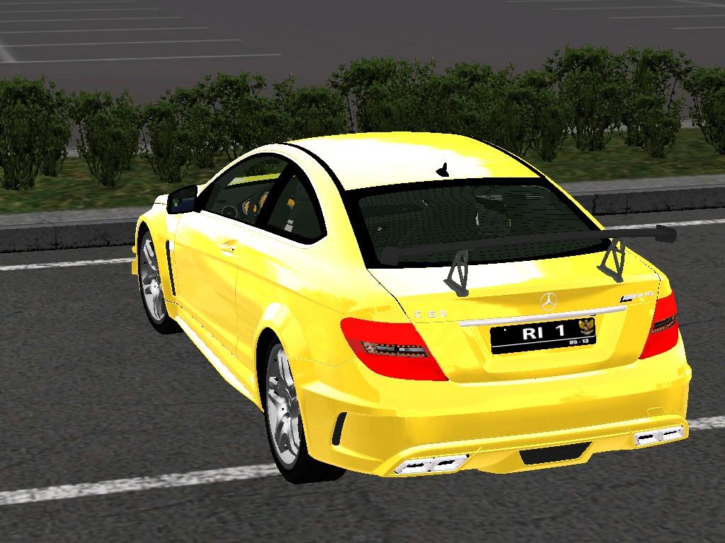 Mercedes benz w204 c63 amg coupe tracciontrasera for Mercedes benz c63 amg coupe
